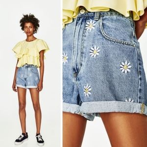 ZARA TRF BERMUDA SHORTS WITH EMBROIDERED DAISIES